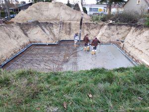 Gießen, Rütteln und Glätten des Beton