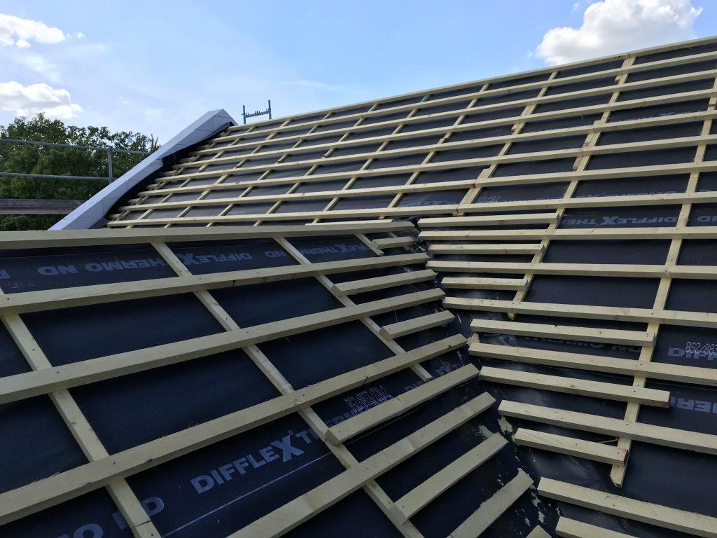 Dach mit Unterspannbahn