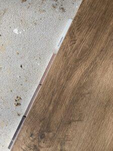 Holzfliesen mit verschiedenen Fugenmustern, sandgrau ist umgedreht