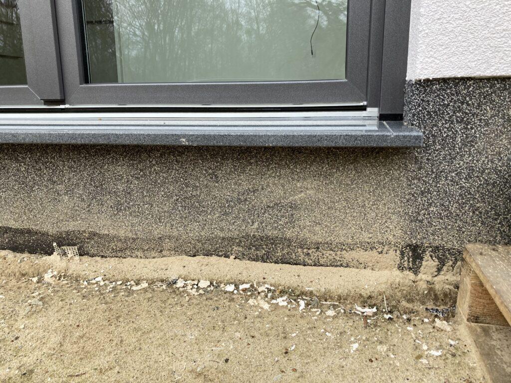 Absatz zwischen Terrassentür und Bodenniveau